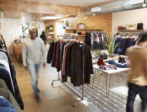 Fluxo de consumidores em lojas cresce 15,83% em dezembro